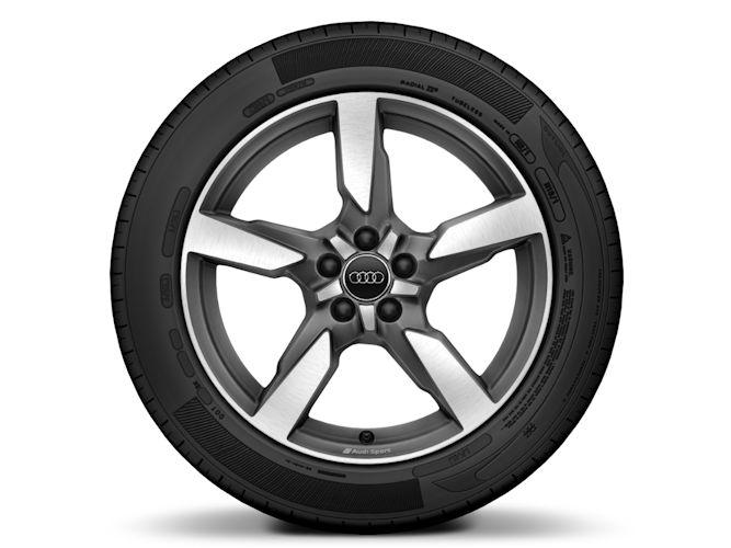 "5-eget polygondesign, mat titaniumoptik (7,5J x 17""), Audi Sport"