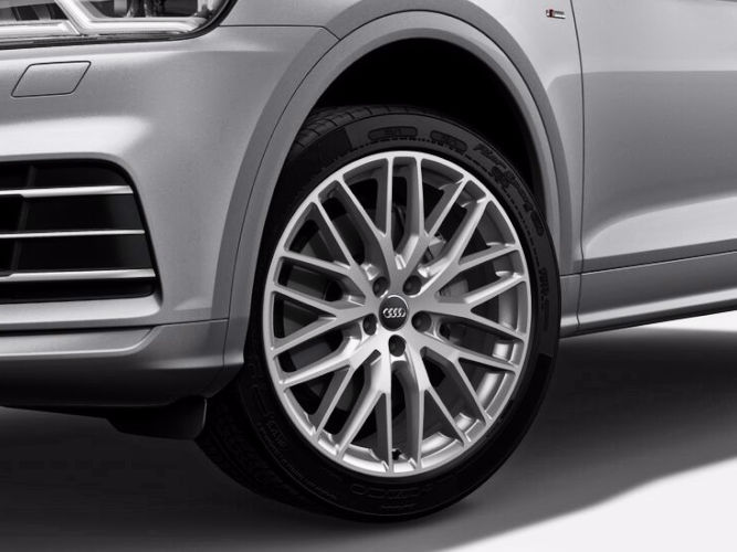 """10-eget Y-design (8J x 20""""), Audi Sport"""