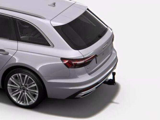 Svingbart anhængertræk til biler med komfortnøgle og sensorstyret åbning af bagklap